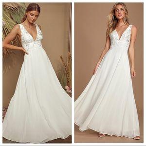 Lulu's Carolyne White Embroidered Maxi Dress